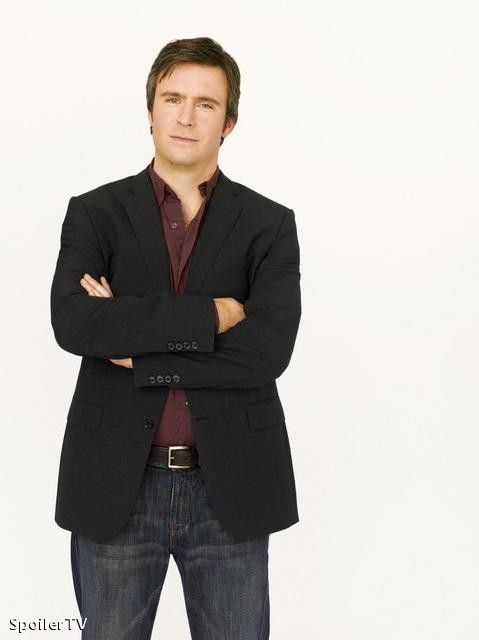 "Jack Davenport as Lloyd Simcoe in ABC's ""Flash Forward"""