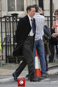 jack-davenport-breathless-filming-central-london_3644167